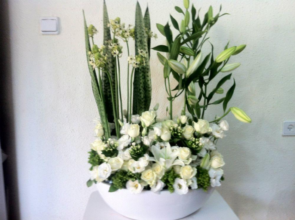 פרחים טירה